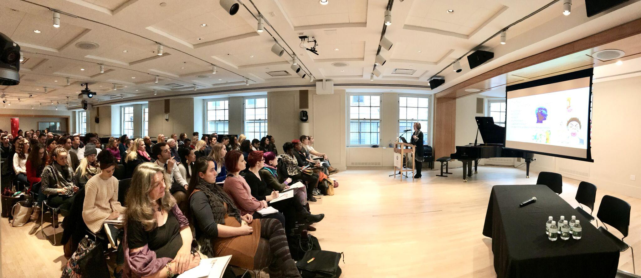 The Institute's Seminar for Singers drew a capacity crowd.